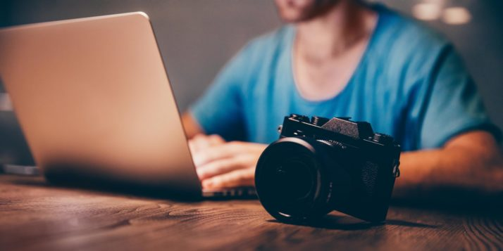 How to Choose the Right Photos for Your Website